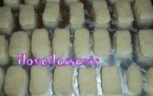 100_0999-300x188 Simil Bounty - cioccolatini al cocco CIOCCOLATO CIOCCOLATO, MUFFINS, DOLCI FRITTI & CO.