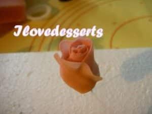 rosa16-300x225 Tutorial rosa - passo passo rosa in pasta modellabile RICETTE BASI