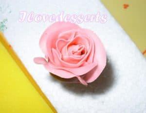 rosa19-300x233 Tutorial rosa - passo passo rosa in pasta modellabile RICETTE BASI