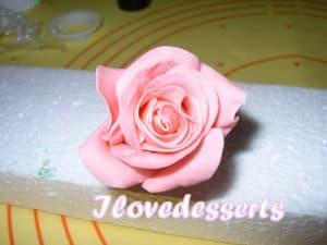 rosa32-300x225 Tutorial rosa - passo passo rosa in pasta modellabile RICETTE BASI
