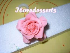 rosa43-300x225 Tutorial rosa - passo passo rosa in pasta modellabile RICETTE BASI