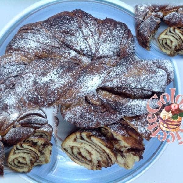 Babka brioche polacca variegata al cioccolato