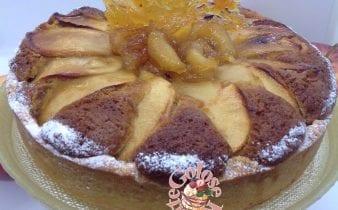 Il dolce di mele - un fondo di crostata con un interno di morbida torta di mele