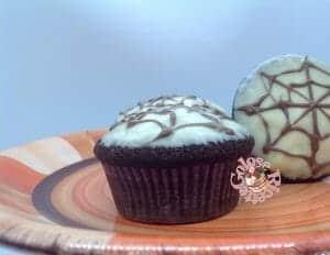 IMG_1300-300x232 Devil's food cupcakes - Halloween