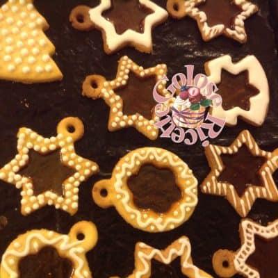 Biscotti di vetro decorati con glassa
