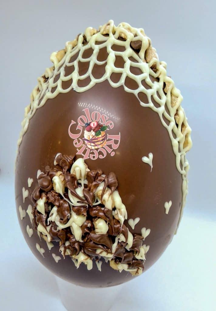 decorare uovo di cioccolato