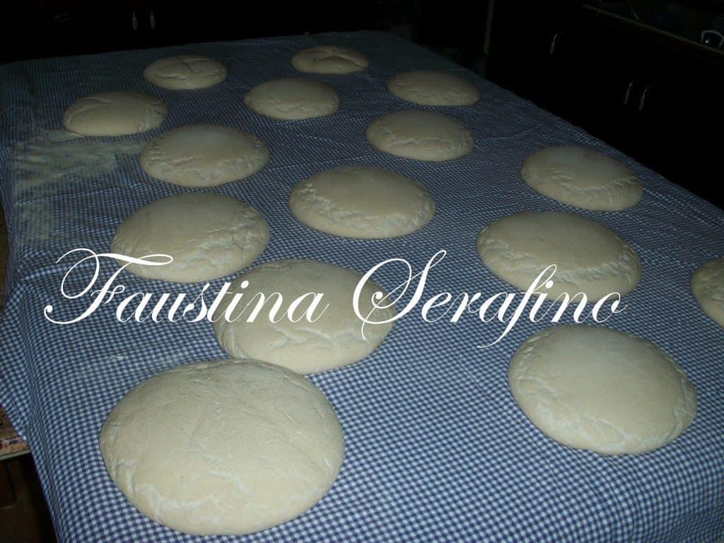 100_8217-1024x768 Fare il pane: Storia di farina, lievito e forno a legna LIEVITATI PANE E PANINI RICETTE BASI