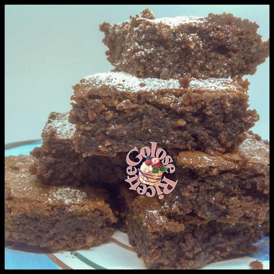 Brownies al caffè e cioccolato – Mocha-iced Brownies