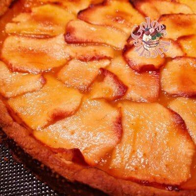 crostata confettura e mele