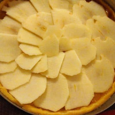 crostata confettura e mele prima della cottura