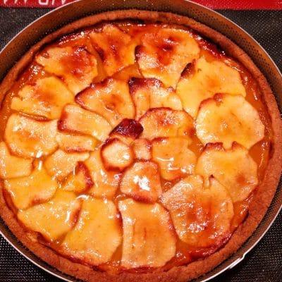 crostata confettura e mele cotta e lucidata